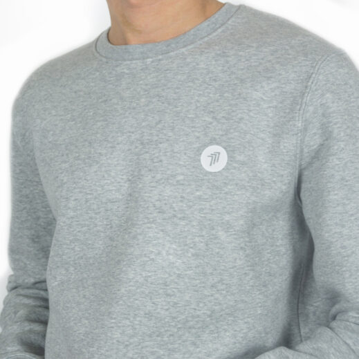 Good-Natured_777-sweater-grey-detail